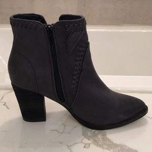 Zigi Soho black booties